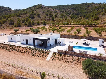 Modern new villa 3 bedroom villa €194995 or with pool and garage €224.995