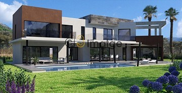 Modern New build villa with pool and land