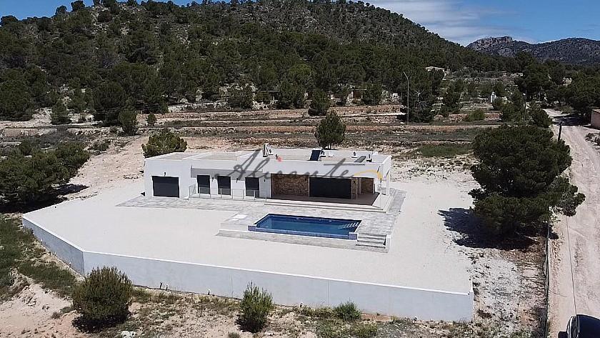 Villa for sale in La Romana, Alicante  in Alicante Property