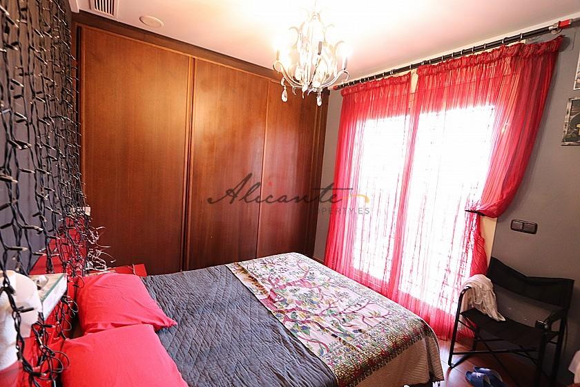 Magnificent 6 Bed Villa in Sax  in Alicante Property