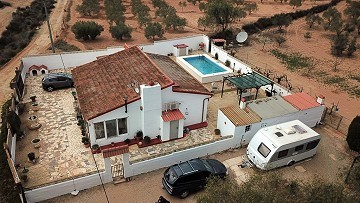 3&4 Bed Villa with pool, olive trees and views