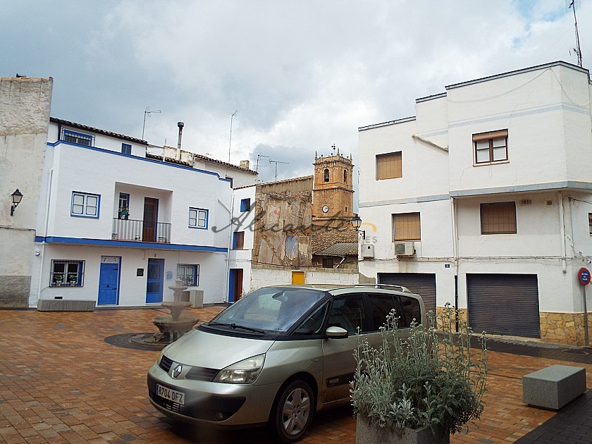 Lovely Town House in Alicante Property